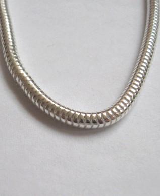 f764963c3 Vastag ezüst kígyólánc